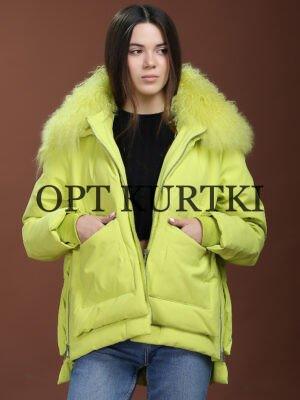Женская короткая куртка з натуральным мехом
